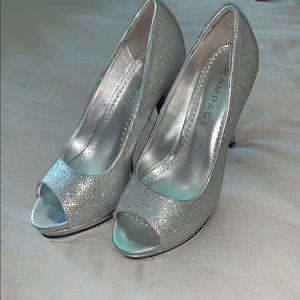 Rampage Gracee silver sparkle heel